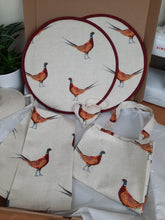 Load image into Gallery viewer, Aga Gift Set - Fantastic Pheasants