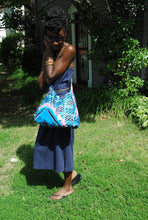 Load image into Gallery viewer, African Print Sling Bag