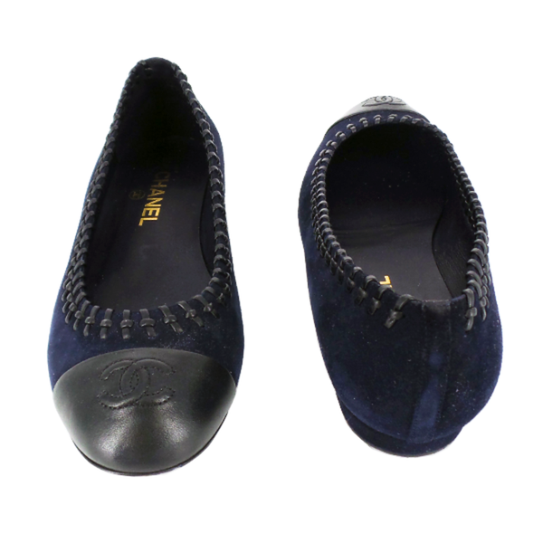 Chanel | Navy Suede Flats