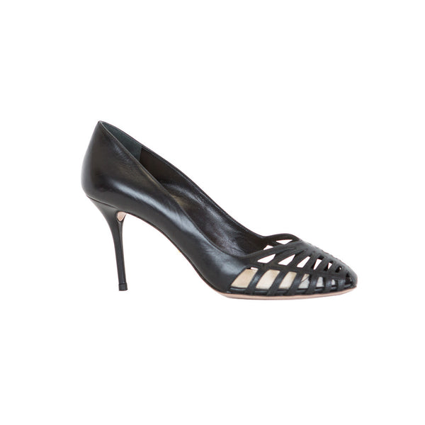 Prada | Black Leather Pumps