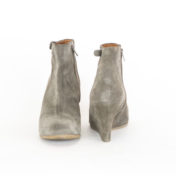 Lanvin | Gray Suede Ankle Wedge booties