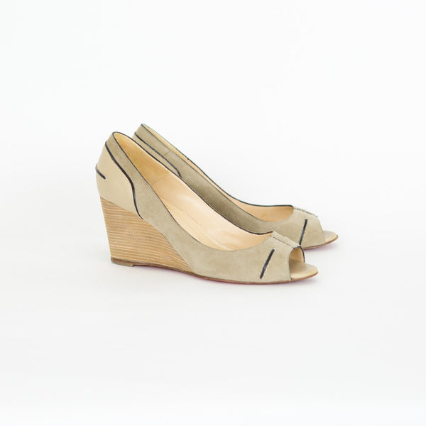 bff10ab6e75b ... coupon for christian louboutin beige suede wedge 0bb0a 894bc