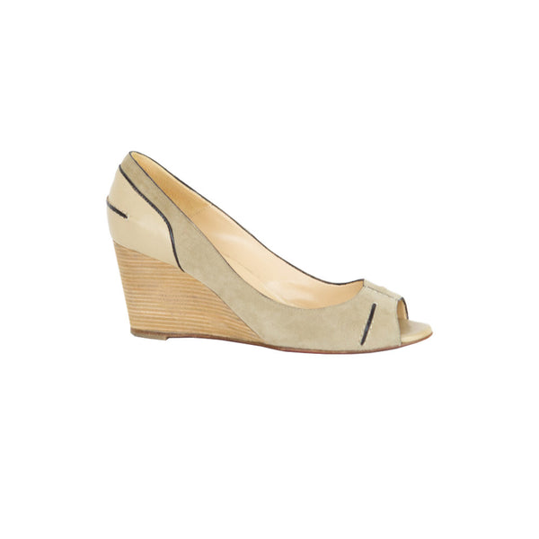 Christian Louboutin | Beige Suede Wedge