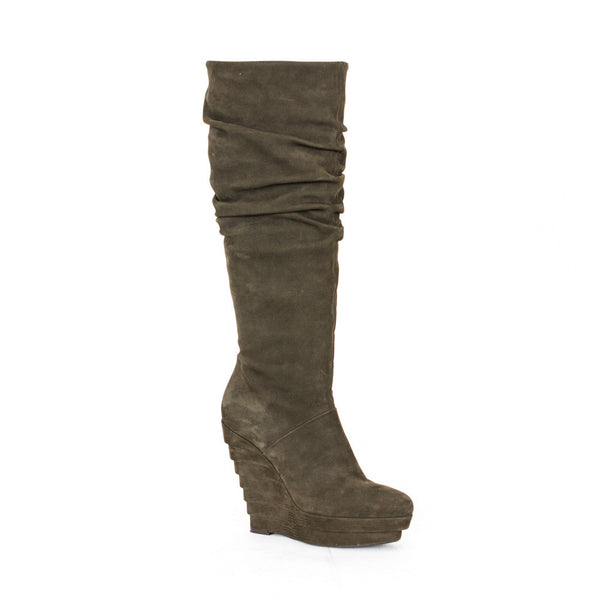 Scrunched Le Silla knee high platform suede boots with covered tier heels, almond toes, and side zip closure.