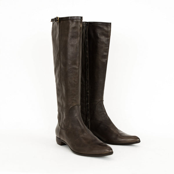 Henry Beguelin brown leather knee high boots with pointed toes