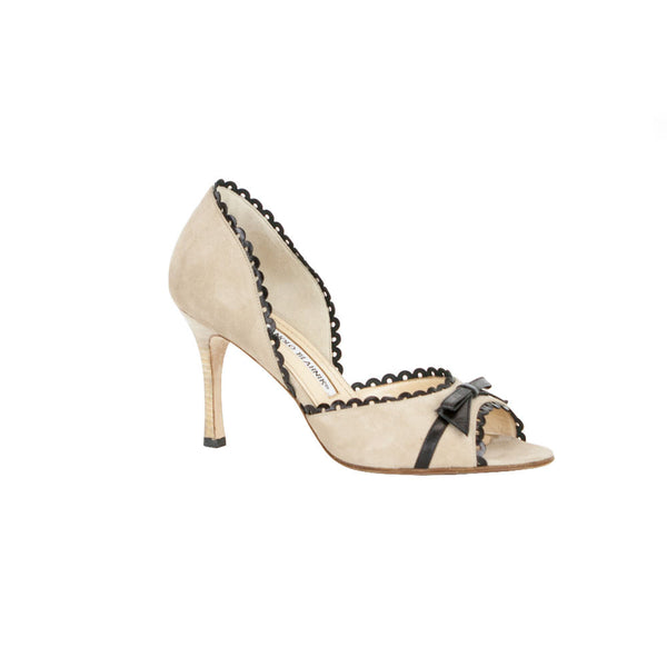Manolo Blahnik | Beige Suede Heels With Black Trim