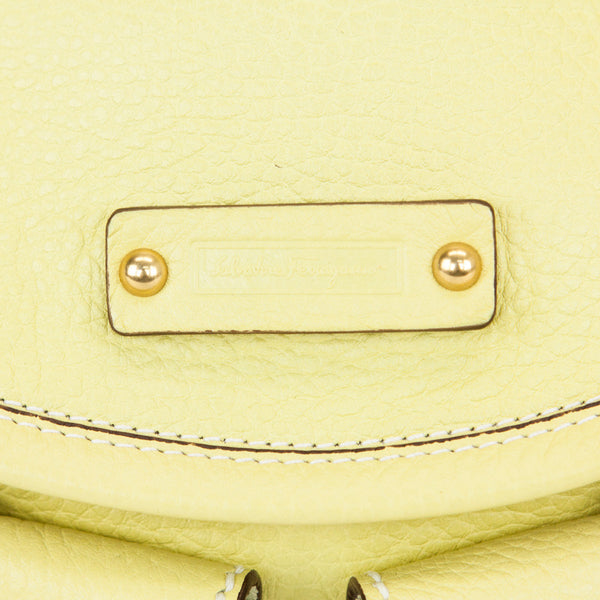 Ferragamo lime leather shoulder handbag designer patch
