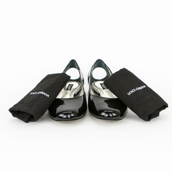 Dolce & Gabbana black patent leather flats dust bags included