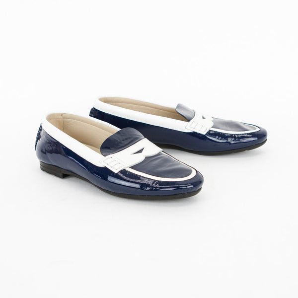 Pas de Rouge White/Navy Women's Patent Leather Loafers