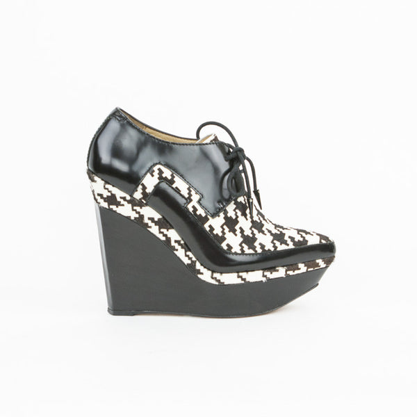 L.a.m.b Oneida Houndstooth Platform Wedges With Covered Wedges