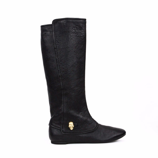 Alexander McQueen black leather boots with skull