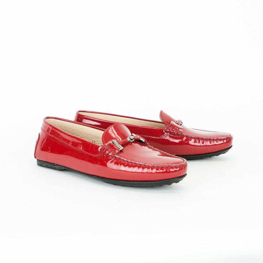 Get the must-have flats of this season! These Chanel Red Patent Cc Olympus Moccasin Backless Slide Mule Loafer Flats Size EU (Approx. US ) Regular (M, B) are a top 10 member favorite on Tradesy. Save on yours before they're sold out!
