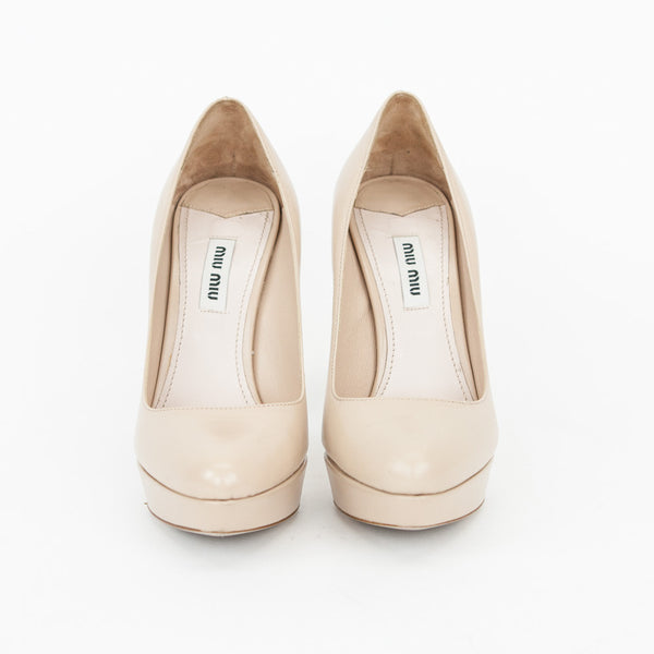 Miu Miu | Beige Leather Platform Pumps With An Almond Toes