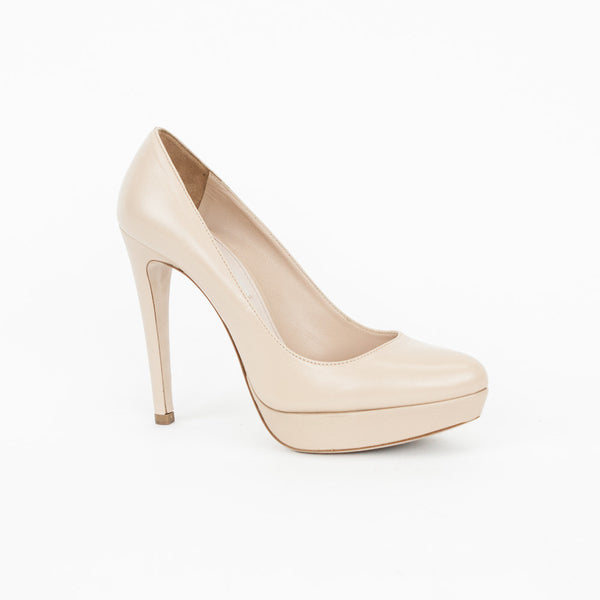 Miu Miu | Beige Leather Platform Pumps