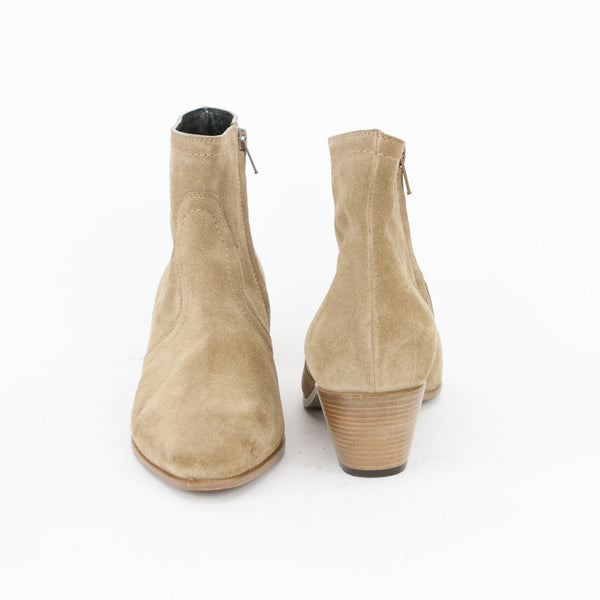 Saint Laurent beige suede Chelsea booties made in Italy