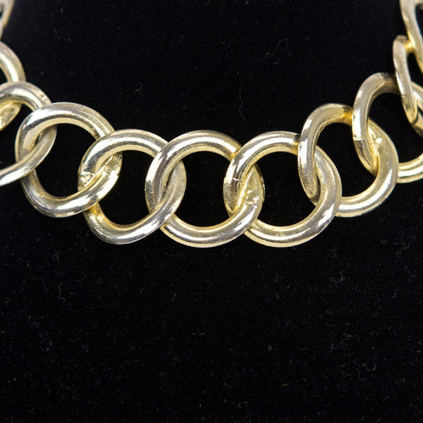 Chanel vintage early 1980's goldtone loop chain links with hook closure.