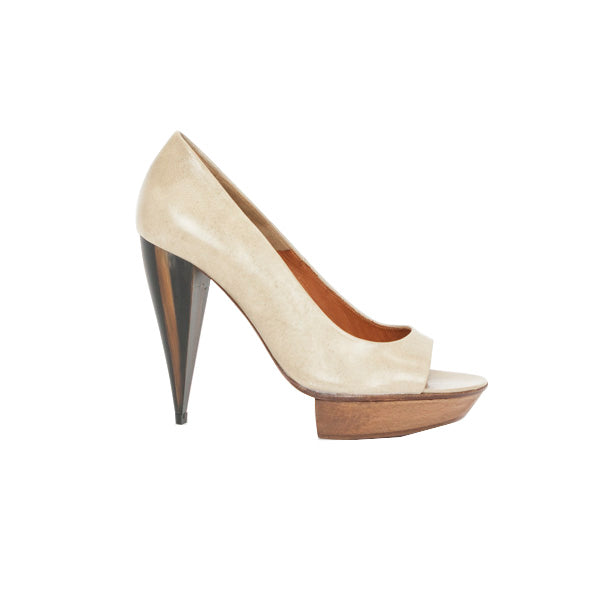 Lanvin | Beige Leather Platform Heels