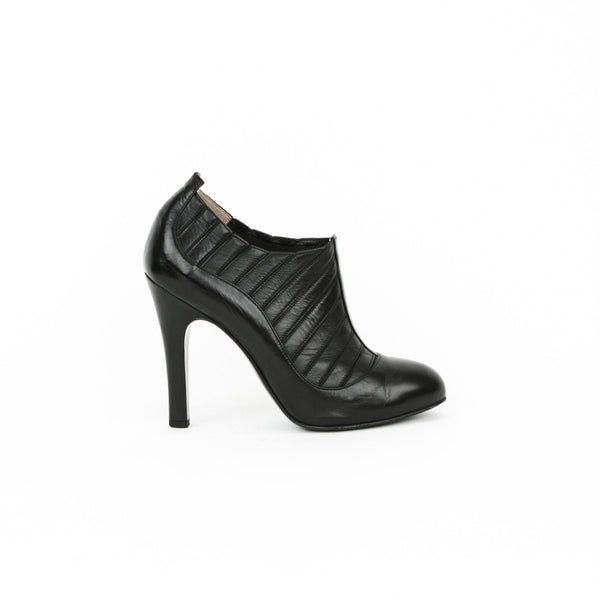 Chanel | Black Leather Ankle Booties