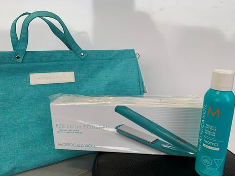 Moroccanoil Flat Iron & Free Product Bag Deal