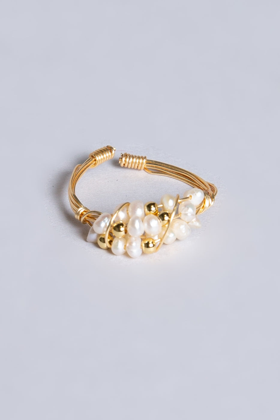 Lady Judith adjustable ring with white pearl detail