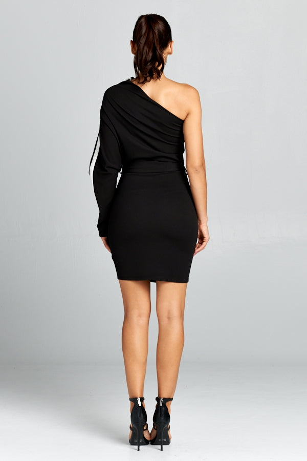 Missing You black mini dress with one batwing sleeve and removable belt - Sahvant