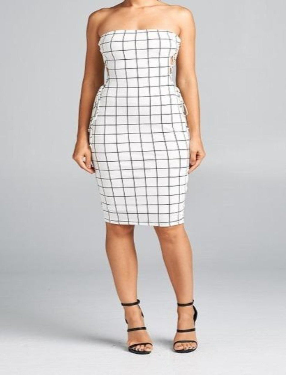 Capri bodycon white dress with checkered pattern and lace-up detailing - Sahvant