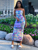 Load image into Gallery viewer, Daphne bandeau strapless sleeveless tie dyed ruched midi dress - Sahvant