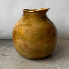 Load image into Gallery viewer, Melange Large Quince Vase