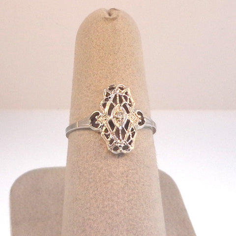 .02ct Old cut diamond Ladies Estate Styled Ring