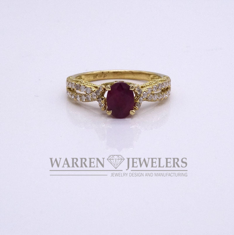 1.07ct Red Ruby and Diamond 18K Yellow Gold Ladies Ring