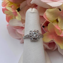 Vintage .85ctw Ladies Diamond Estate Platinum Ring