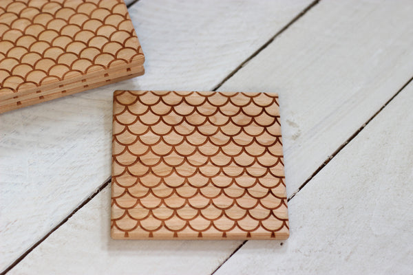 Scalloped Pattern Set of 4 Coasters