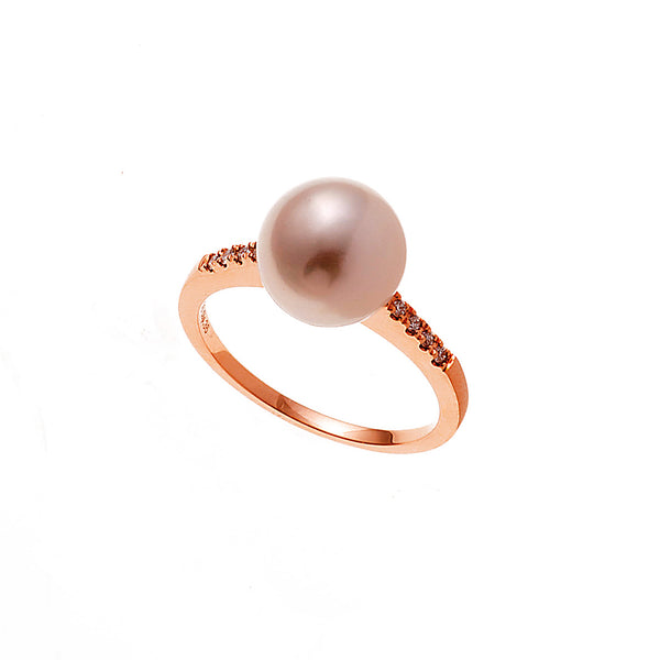 Gold and Diamond Pearl Ring