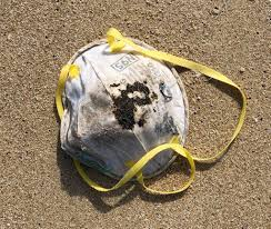 How to dispose of N95 masks without contributing to water pollution