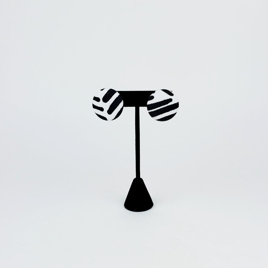 Black & White Graphic Earring