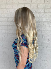 Load image into Gallery viewer, Balayage blonde full lace wig 22""