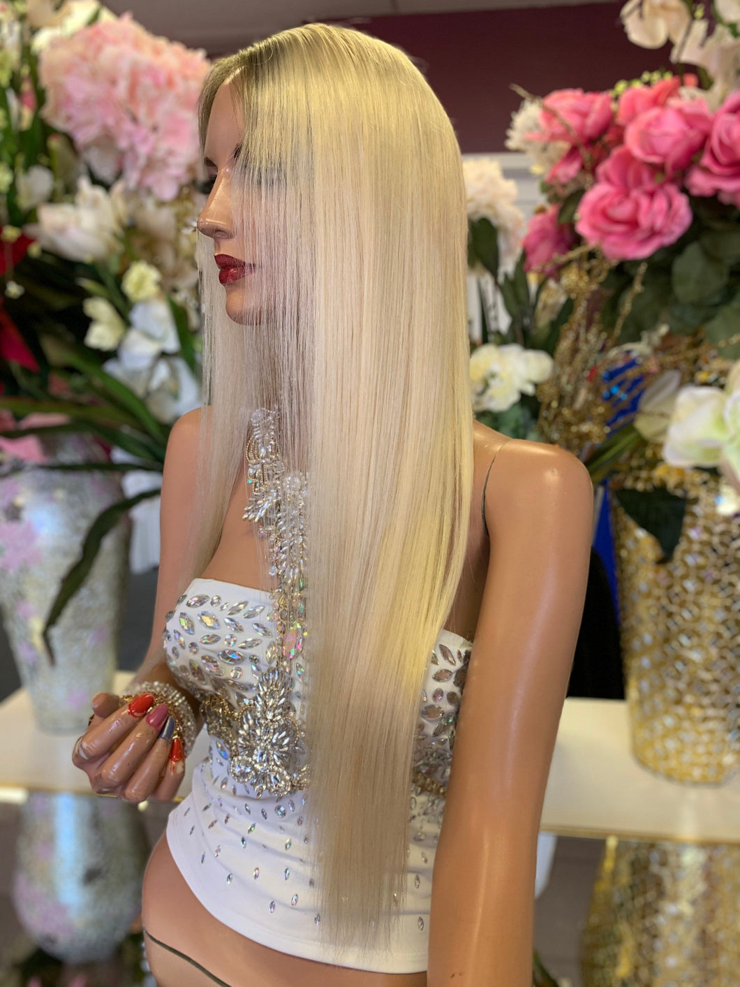 Full lace Wig,  Natural Blonde with some Dark Brown Root Regrowth, Virgin hair, 22 Inches