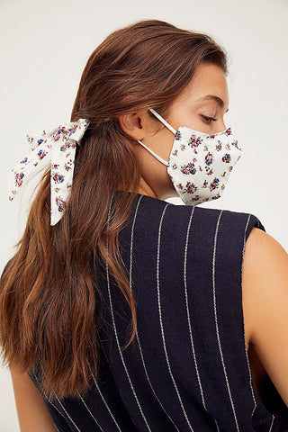 Mask & Bow Floral Pack-Ivory