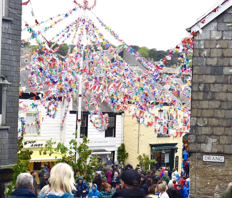 Maypole at Padstow's Obby Oss celebrations