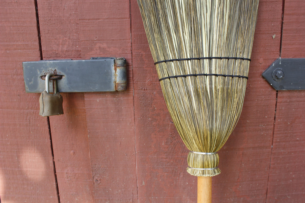 ZZZOlive Drab Cabin Broom