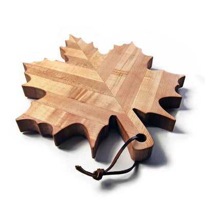 serving board shaped like a maple leaf - 1