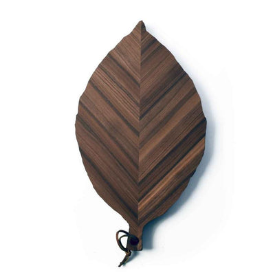 serving board shaped like a walnut tree leaf