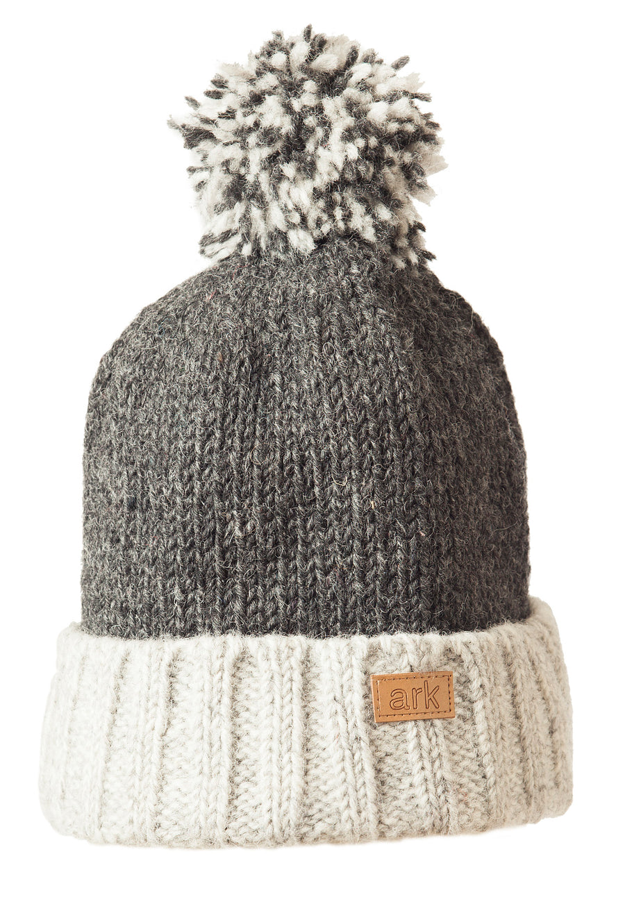 WOOL TOQUE WITH POM POM
