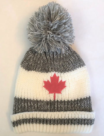 CABIN KNIT TOQUE WITH MAPLE LEAF