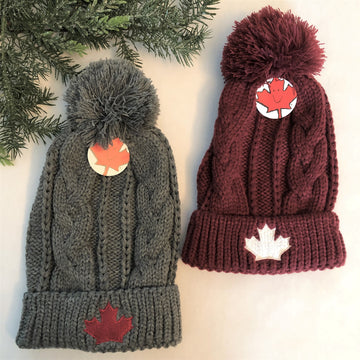 CABLE KNIT MAPLE LEAF TOQUE