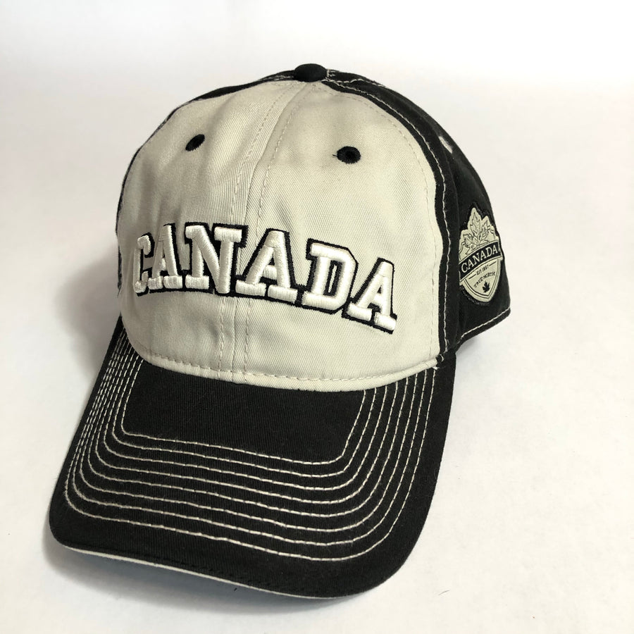 TWO TONED CANADA HAT