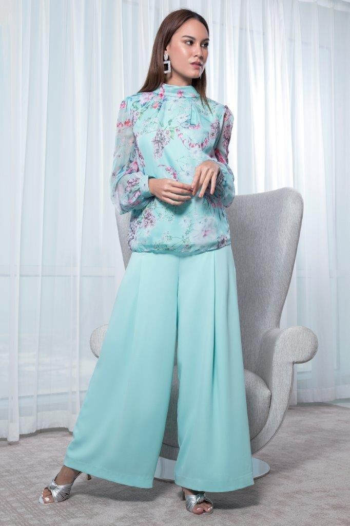 Choice Inverted Pleat Detailed Blouse Mint