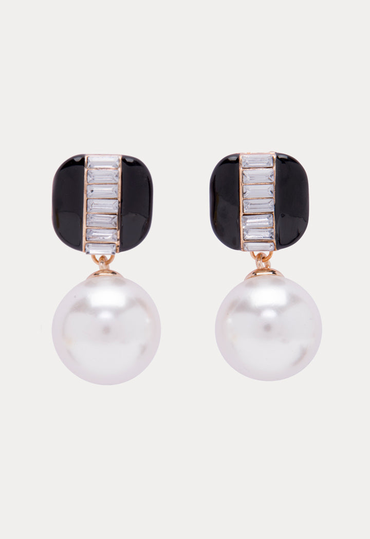 Choice Contrast Oversized Pearl Earrings Black-White - Wardrobe Fashion