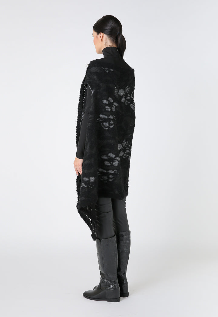 Choice Jacquard Sleeveless Outerwear With Pin Closure Black