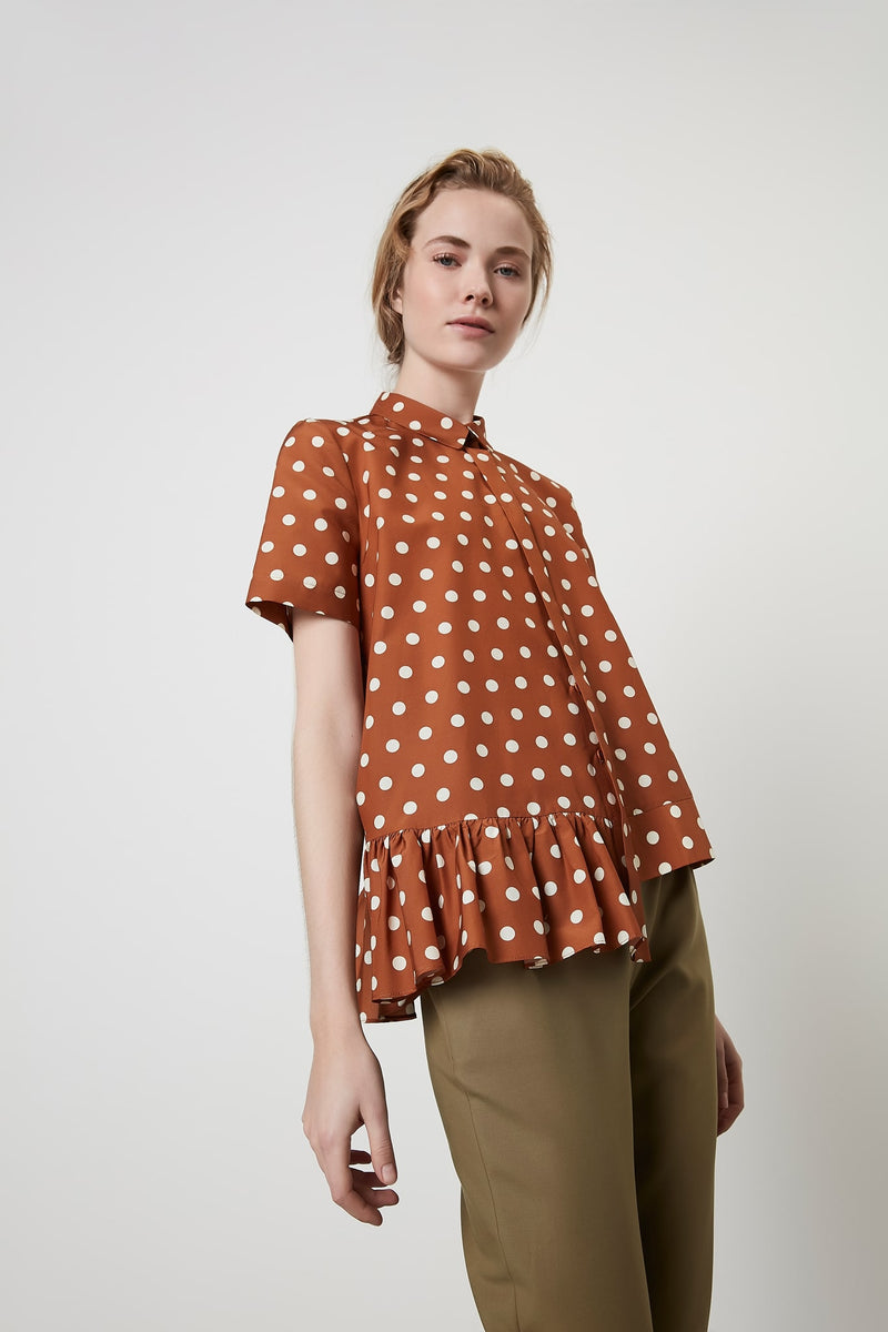 Machka Polka Dot Short Sleeve Asymmetrical Hem Blouse Brick